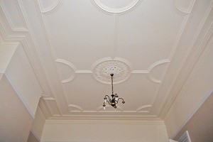 fitting-victorian-panel-ceiling